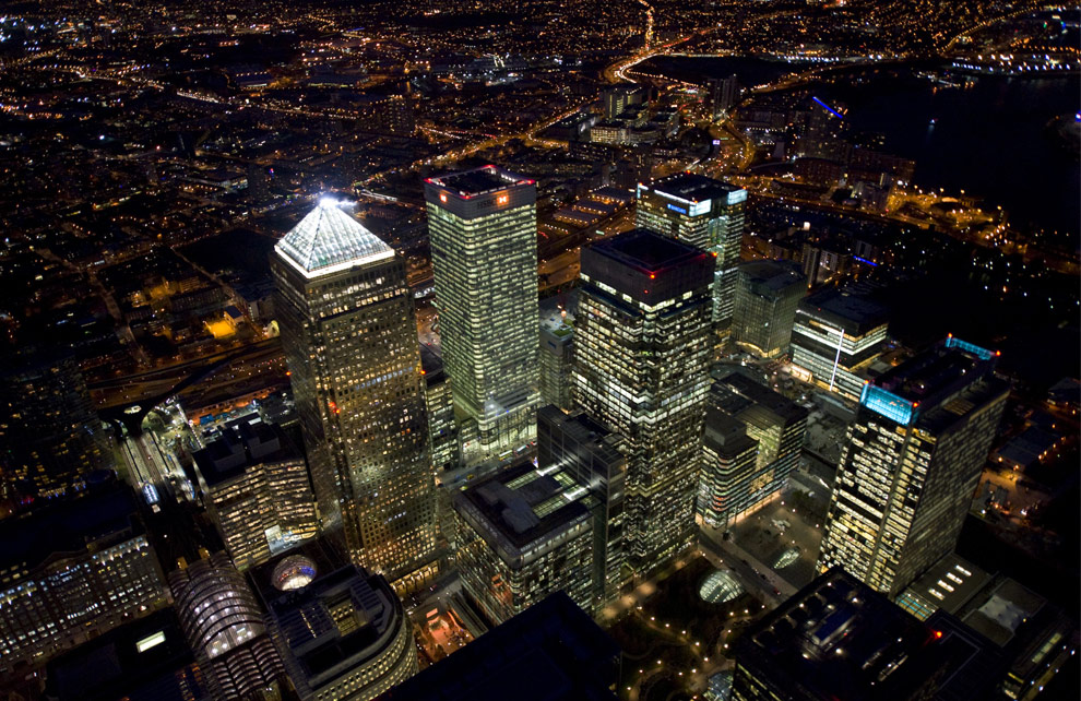 Contract cleaning Canary wharf London